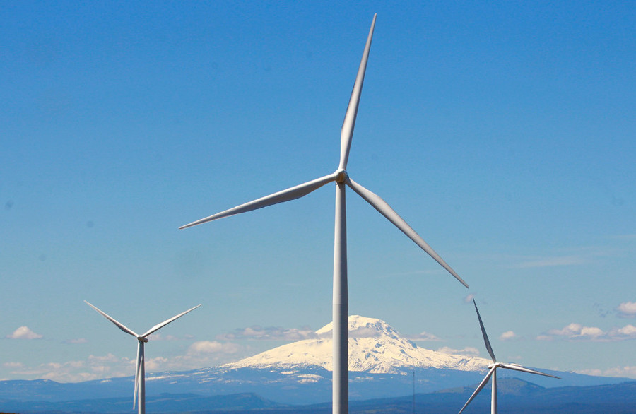 Wind turbines in Washington (Rick Bowmer / AP / File)
