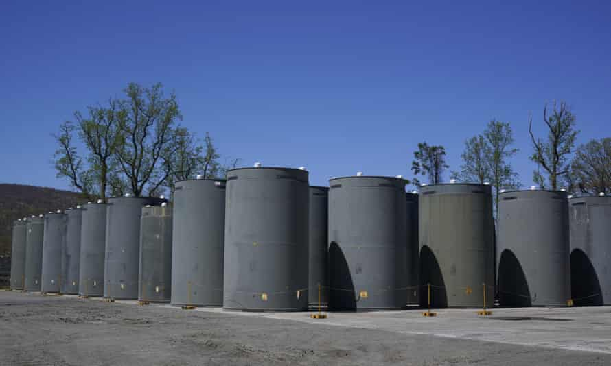 Dry casks, which contain spent fuel assemblies, are stored at Indian Point Energy Center.