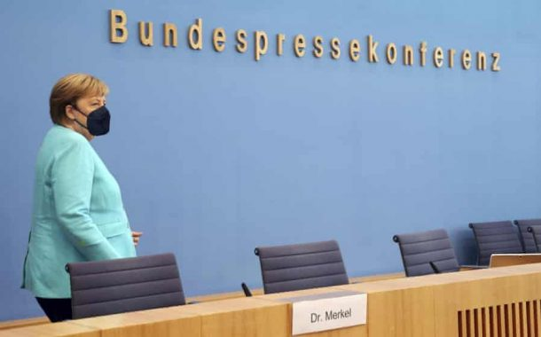 Merkel's political and scientific sides slug it out in swan song ...